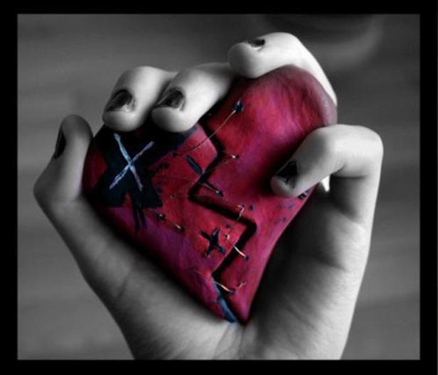 Broken-Heart-Backgrounds-Wallpaper